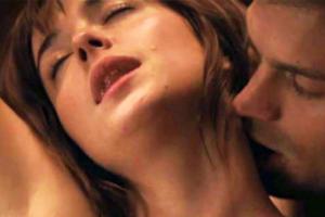 """5 Penjelasan Mengapa """"Fifty Shades of Grey"""" mengganggu hubungan seks untuk pria"""